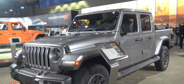 Jeep Gladiator Pickup Truck Price, Interiors and Changes